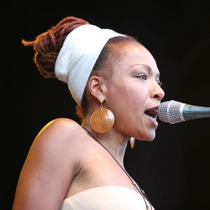 Lisa Simone, Nina's daughter